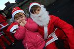 Jake and Katelin Holland at the Drogheda Christmas Bonanza santa parade<br /> Picture: Fran Caffrey www.newsfile.ie