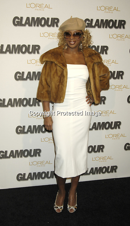 Mary J Blige ..at The Glamour Magazine  2005 Women of the Year Awards on November 2, 2005 at Lincoln Center's Avery Fisher Hall...Photo by Robin Platzer, Twin Images