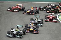 SAO PAULO, SP, 24.11.2013 - F1 GP BRASIL - Niko Rosberg a frente durante o Grande Prêmio do Brasil de Fórmula 1, no autódromo de Interlagos, zona sul da capital paulista, neste domingo (24). (Foto: Pixathlon / Brazil Photo Press).