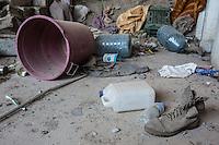 IRAK, Sheik Amir; Shoes of a Daesh member left behind after the offensive of the Peshmerga in the town of Sheik Amir, the 6th December 2016. <br /> <br /> IRAK, Sheik Amir; Chaussure d'une membre de Daesh abandonn&eacute; dans des maison apr&egrave;s l'offensive des Peshmergas dans la ville de Sheik Amir, le 6 d&eacute;cembre 2016.