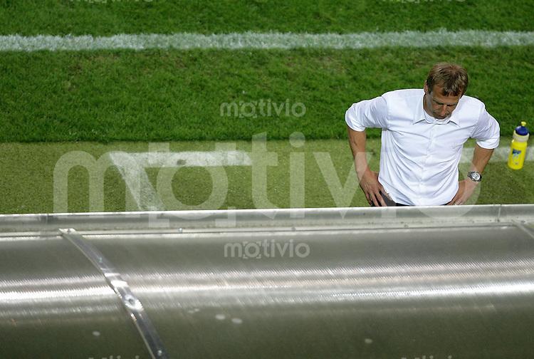 Fussball WM 2006  Halbfinale  Spiel 61 Deutschland - Italien Germany - Italy  Trainer Juergen KLINSMANN (GER) enttaeuscht.