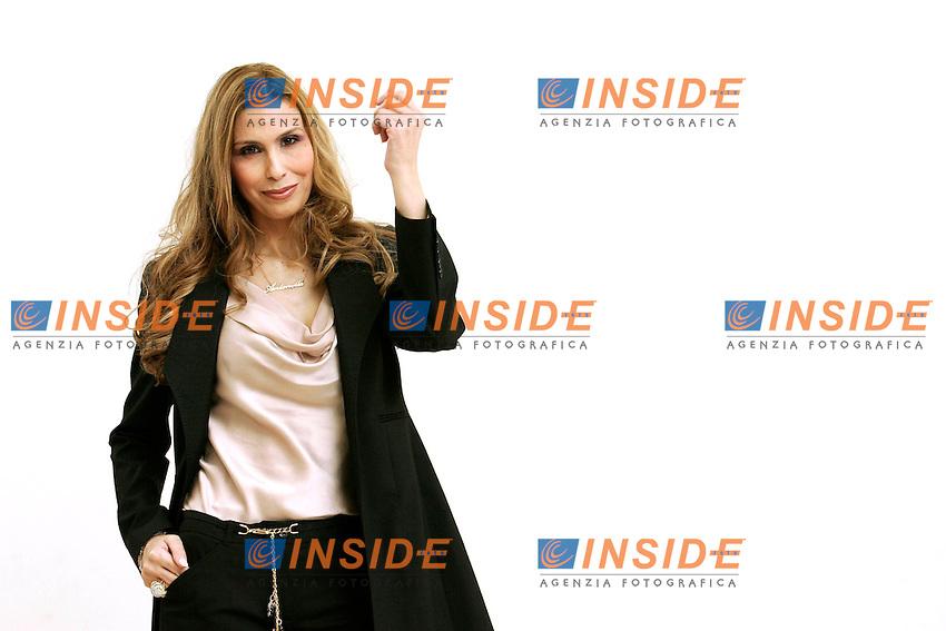 ANTONELLA TROISE.Roma 21/02/2011 Photocall della miniserie Mediaset 'L'ombra del destino'..Photo Zucchi Insidefoto