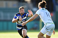 Josh Lewis of Bath United looks to fend Mike Ellery of Saracens Storm. Aviva A-League match, between Bath United and Saracens Storm on September 1, 2017 at the Recreation Ground in Bath, England. Photo by: Patrick Khachfe / Onside Images