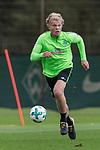 13.09.2017, Trainingsgelaende, Bremen, GER, 1.FBL, Training SV Werder Bremen<br /> <br /> im Bild<br /> Jesper Verlaat (Werder Bremen #28), <br /> <br /> Foto &copy; nordphoto / Ewert