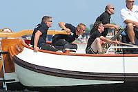 ZEILEN: FRYSLÂN: 2014, SKS skûtsjesilen, skûtsje It Doarp Huzum, Huizum, schipper Lodewijk Hzn. Meeter, ©foto Martin de Jong