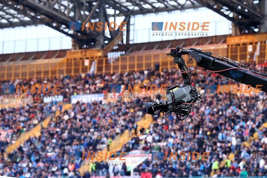 Tifosi del Napoli e telecamera  <br /> Napoli 05-04-2017 Stadio San Paolo<br /> Football Calcio Coppa Italia 2016/2017 Semifinale Ritorno. <br /> Napoli - Juventus<br /> Foto Cesare Purini / Insidefoto
