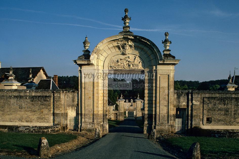 Europe/France/Centre/Indre-et-Loire/Loches : Le portail de la chartreuse du Liget