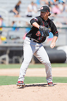Turner Lee (28) of the Vancouver Canadians delivers a pitch during a game against the Everett Aquasox at Everett Memorial Stadium in Everett, Washington on July 28, 2015.  Everett defeated Vancouver 8-5. (Ronnie Allen/Four Seam Images)