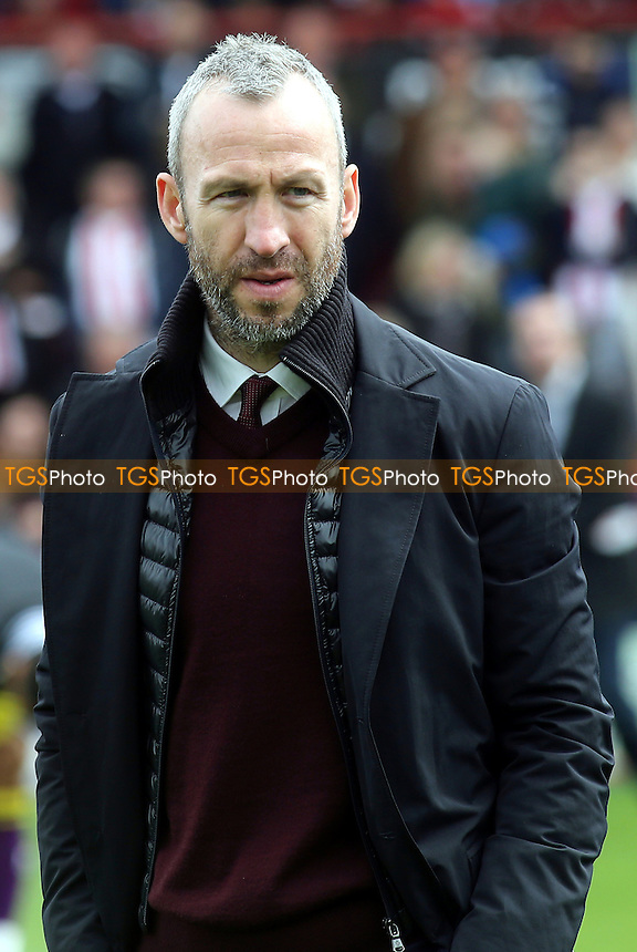 Notts County manager, Shaun Derry - Brentford vs Notts County - Sky Bet League One Football at Griffin Park, London - 05/04/14 - MANDATORY CREDIT: Paul Dennis/TGSPHOTO - Self billing applies where appropriate - 0845 094 6026 - contact@tgsphoto.co.uk - NO UNPAID USE