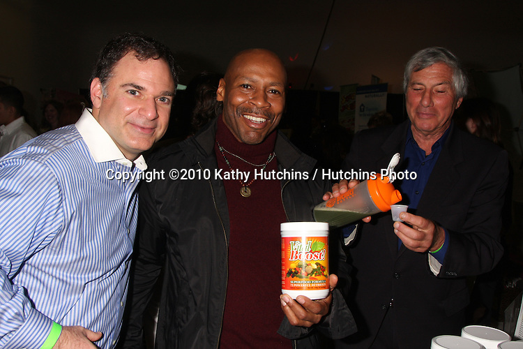 LOS ANGELES - NOV 20:  Gil R. Tatarsky, Kevin Eubanks, Victor Zeines at the Connected's Celebrity Gift Suite celebrating the 2010 American Music Awards at Ben Kitay Studios on November 20, 2010 in Los Angeles, CA