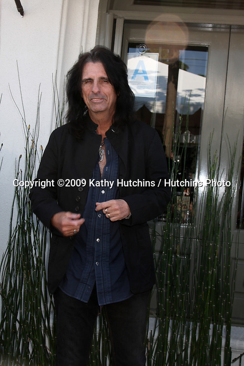 Alice Cooper   arriving at the 7th Annual John Varvatos Stuart House Benefit at the John Varvatos Store in West Hollywood, CA  on.March 8, 2009.©2009 Kathy Hutchins / Hutchins Photo...                .