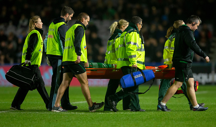 Newcastle Falcons' Joel Hodgson leaves the field injured<br /> <br /> Photographer Bob Bradford/CameraSport<br /> <br /> Gallagher Premiership Round 7 - Harlequins v Newcastle Falcons - Friday 16th November 2018 - Twickenham Stoop - London<br /> <br /> World Copyright © 2018 CameraSport. All rights reserved. 43 Linden Ave. Countesthorpe. Leicester. England. LE8 5PG - Tel: +44 (0) 116 277 4147 - admin@camerasport.com - www.camerasport.com