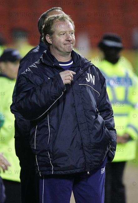 Jimmy Nicholl, Dunfermline.stock season 2003-2004.pic willie vass