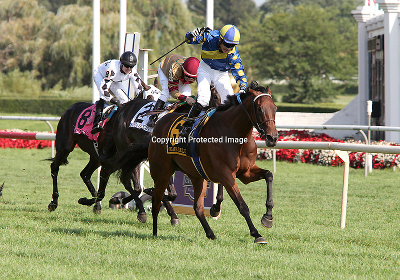 21 August 2010: ECLAIR DE LUNE and Jockey Junior Alvarado winning the 21st running of the G1 Beverly D at Arlington Park in Arlington Heights, Illinois.