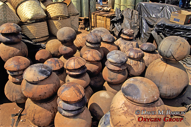 Water Clay Pots For Sale At Market
