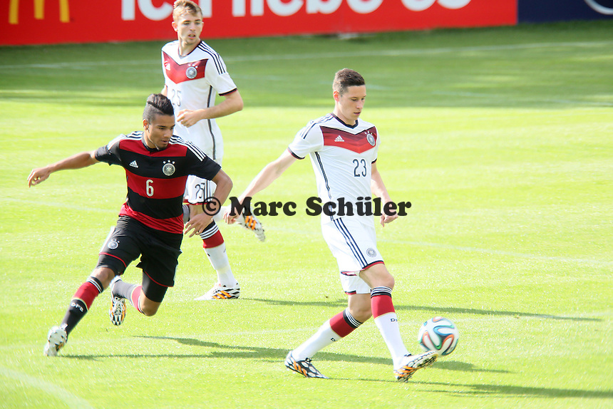 Julian Draxler gegen Erik Zenga (U20) - Testspiel der Deutschen Nationalmannschaft gegen die U20 zur WM-Vorbereitung in St. Martin