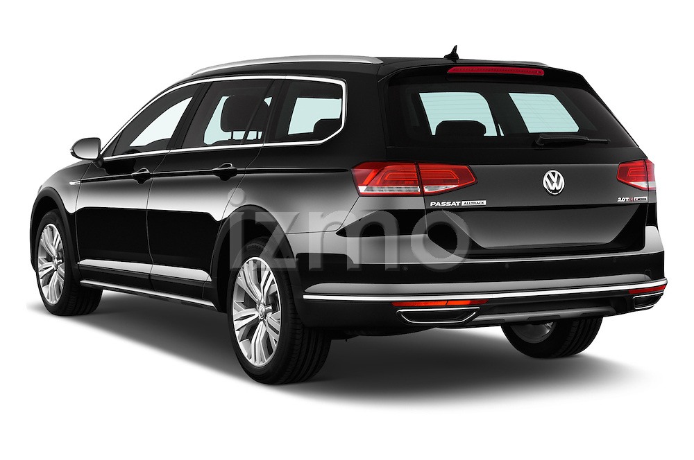 Car pictures of rear three quarter view of 2016 Volkswagen Passat Alltrack 5 Door Wagon Angular Rear