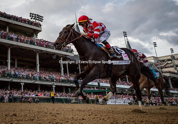 LOUISVILLE, KENTUCKY - MAY 03: Serengeti Empress with Jose Ortiz wins the Kentucky Oaks at Churchill Downs in Louisville, Kentucky on May 03, 2019. Evers/Eclipse Sportswire/CSM