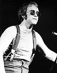 Elton John 1971.
