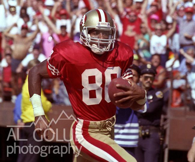 San Francisco 49ers vs Washington Redskins at Candlestick Park Sunday, September 16, 1990..49ers beat Redskins 26-13.49er wide receiver Jerry Rice (80)..