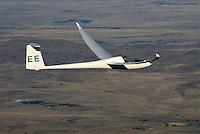 4415 / Nimbus 3T: AFRIKA, SUEDAFRIKA, 09.01.2007:Offene Klasse Flugzeug Nimbus 3 T ueber der Wueste Karoo