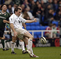Reading, ENGLAND, Sarries,  Glen Jackson, during the London Irish vs Saracens, Guinness Premiership Rugby, at the, Madejski Stadium, 06.05.2006, © Peter Spurrier/Intersport-images.com,  / Mobile +44 [0] 7973 819 551 / email images@intersport-images.com.
