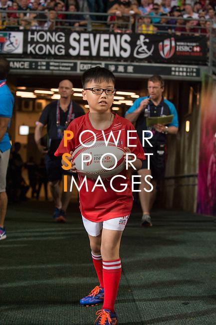 HSBC ball carrier during the HSBC Hong Kong Rugby Sevens 2016 on 10 April 2016 at Hong Kong Stadium in Hong Kong, China. Photo by Marcio Machado / Power Sport Images