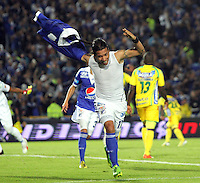 BOGOTA -COLOMBIA- 31 -08-2013. Dayro Moreno   de Millonarios celebra su tercer  gol  contra el Huila ,  partido correspondiente a la octava  fecha de la  Liga Postobón segundo semestre disputado en el estadio Nemesio Camacho El Campín/ Dayro Moreno of Los Millonarios celebrates his goal against Huila, game for the eighth day of the second semester Postobón League match at the Estadio Nemesio Camacho El Campin El Campin. Photo: VizzorImage / Felipe Caicedo / Sttaff