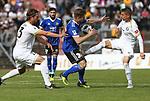 Elversbergs Luca D&uuml;rrholtz   (r.) und Oliver Stang (l.)  mit Saarbr&uuml;ckens Sebastian Jacob   (M) beim Spiel in der Regionalliga Suedwest, 1. FC Saarbruecken - SV 07 Elversberg.<br /> <br /> Foto &copy; PIX-Sportfotos *** Foto ist honorarpflichtig! *** Auf Anfrage in hoeherer Qualitaet/Aufloesung. Belegexemplar erbeten. Veroeffentlichung ausschliesslich fuer journalistisch-publizistische Zwecke. For editorial use only.