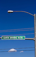 Country singing star Garth Brooks Boulevard to honor hometown boy in Yukon, Oklahoma