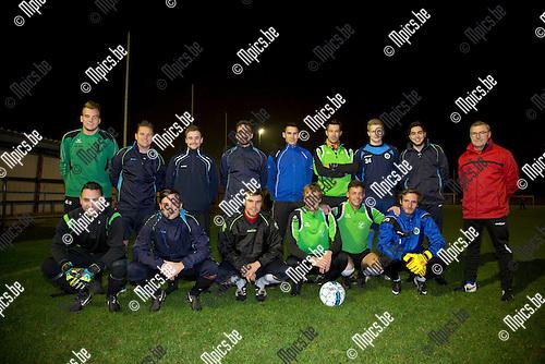 2016-10-25 / Voetbal / seizoen 2016-2017 / KFC Molenzonen Hallaar <br /> ,Foto: Mpics.be