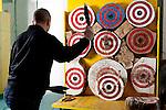 Milano,  palestra Sporting Club Leonardo De Vinci,<br /> Ivan Orizio, Lanciatore di coltelli