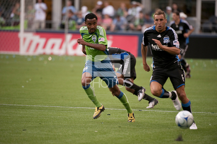 James Riley (7) and Darren Hukerby (6) sprint for the ball in the Seattle Sounders 2-1 win against San Jose Earthquake on Saturday, June 13, 2009 at Quest Field in Seattle, WA.