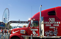 07 October 2006: The University of Oklahoma's team truck sits outside the Cotton Bowl at the State Fair of Texas before the Sooners game against the University of Texas Longhorns at the Cotton Bowl in Dallas, TX.