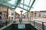 20080109 - France - Aquitaine - Pau<br /> LA PLACE CLEMENCEAU AVEC SON PARKING SOUTERRAIN AU COEUR DU CENTRE PIETONNIER A PAU.<br /> Ref : PAU_068.jpg - © Philippe Noisette.
