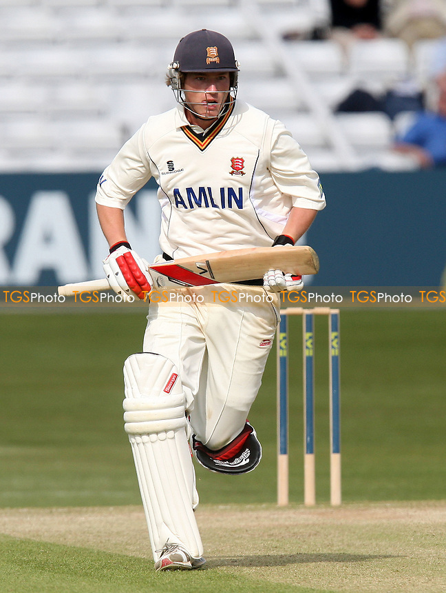 Tom Westley in batting action for Essex - Essex CCC vs Hamsphire CCC - LV County Championship Cricket at the Ford County Ground, Chelmsford -  11/04/10 - MANDATORY CREDIT: Gavin Ellis/TGSPHOTO - Self billing applies where appropriate - Tel: 0845 094 6026
