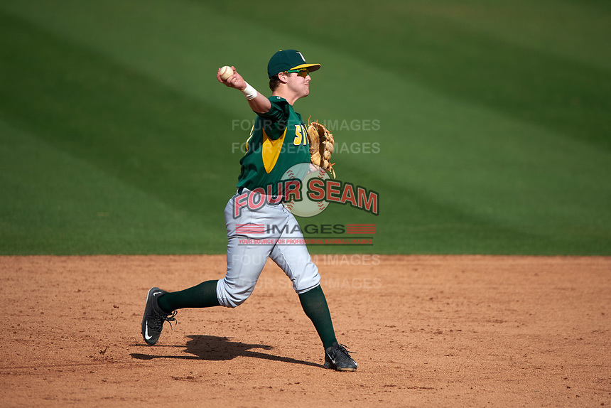 Siena Saints shortstop Max Goione (7) during a game against the UCF Knights on February 21, 2016 at Jay Bergman Field in Orlando, Florida.  UCF defeated Siena 11-2.  (Mike Janes/Four Seam Images)