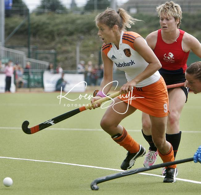 NLD-20050819-DUBLIN- EK HOCKEY dames. Halve Finale; Nederland-Engeland. Sylvia Karres.ANP FOTO/KOEN SUYK