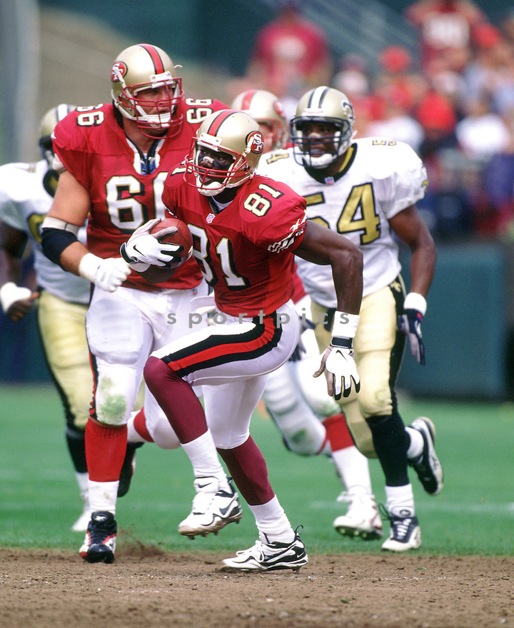 San Francisco 49ers Terrell Owens (81) during a game from his 1997 season with the San Francisco 49ers. Terrell Owens played for 15 years with 5 different teams and was a 6-time Pro Bowler.(SportPics)
