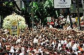 romesseiros acompanham o C&iacute;rio de Nossa Senhora de Nazar&eacute; agarrados a corda durante a prociss&atilde;o. A romaria que ocorre a mais de 200 anos Bel&eacute;m tem estimativas que mais de 1.500.000 pessoas &agrave; acompanhem.<br />Bel&eacute;m-Par&aacute;-Brasil<br />08/10/2000<br />&copy;Foto: Paulo Santos/Interfoto.