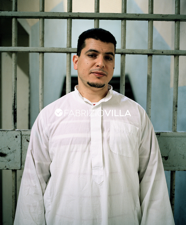 Carcere di San Vittore, Milano, un detenuto islamico.