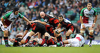 Twickenham, GREAT BRITAIN,  Saracens Nick DE KOCK, passes the ball out from the ruck, during the Guinness Premiership match,  Saracens vs Harlequins, at Twickenham Stadium, Surrey on Sat 06.09.2008. [Photo, Peter Spurrier/Intersport-images]