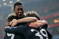 19.02.2013, Emirates Stadion, London, ENG, UEFA Champions League, FC Arsenal vs FC Bayern Muenchen, Achtelfinale Hinspiel, im Bild, David ALABA (FC Bayern Muenchen - 27) bejubelt das Tor zum 0-1 durch Toni KROOS (FC Bayern Muenchen - 39) // during the UEFA Champions League last sixteen first leg match between Arsenal FC and FC Bayern Munich at the Emirates Stadium, London, Great Britain on 2013/02/19. EXPA Pictures © 2013, PhotoCredit: EXPA/ Eibner/ Gerry Schmit..***** ATTENTION - OUT OF GER *****
