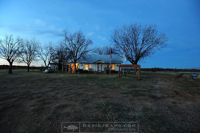 DUCK HUNTING..world famous.Cross Timbers Hunting Club De Leon TX