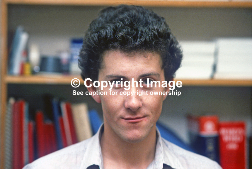 Stephen Bradley, photographer, Pacemaker Press, Belfast, N Ireland, 198208000116SB1..Copyright Image from Victor Patterson, 54 Dorchester Park, Belfast, UK, BT9 6RJ.  Tel: +44 28 90661296  Mobile: +44 7802 353836.Email: victorpatterson@me.com Email: victorpatterson@gmail.com..For my Terms and Conditions of Use go to http://www.victorpatterson.com/ and click on Terms & Conditions