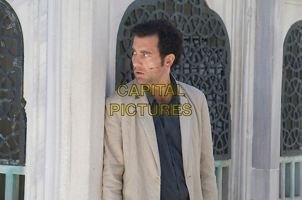 CLIVE OWEN.in The International .*Filmstill - Editorial Use Only*.CAP/FB.Supplied by Capital Pictures.