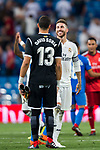 Sergio Ramos of Real Madrid speaks to goalkeeper David Soria Solis of Getafe CF after the La Liga 2018-19 match between Real Madrid and Getafe CF at Estadio Santiago Bernabeu on August 19 2018 in Madrid, Spain. Photo by Diego Souto / Power Sport Images
