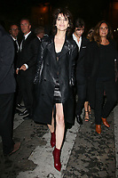 CHARLOTTE GAINSBOURG - ASSISTE AU DEFILE DE LA COLLECTION PRET A PORTER PRINTEMPS/ETE 2018 'YVES SAINT LAURENT' PENDANT LA FASHION WEEK A PARIS, FRANCE, LE 26/09/2017.
