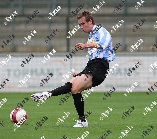 2008-08-09 / Voetbal / seizoen 2008-2009 / Verbroedering Geel-Meerhout / Ruben Lowet..Foto: Maarten Straetemans (SMB)