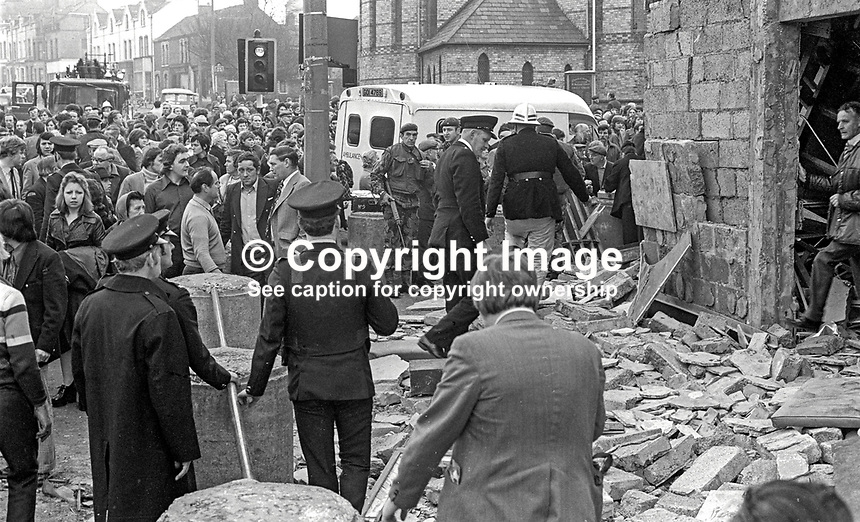 The scene following a Provisional IRA bomb at the Mountainview Tavern on the Shankill Road, Belfast, N Ireland. This explosion on 5th April 1975 was in retaliation for one a few hours earlier in McLaughlin's Bar in the New Lodge Road area of the city. Two Roman Catholics died in the McLaughin's Bar blast, five Protestants died in the Mountainview Tavern blast. 197504050362b<br />